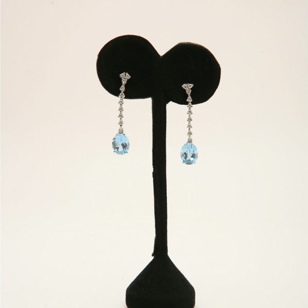 18k-White-Gold-Brilliant-Cut-Diamond-Oval-Brilliant-Cut-Aquamarine-Drop-Earrings.jpg