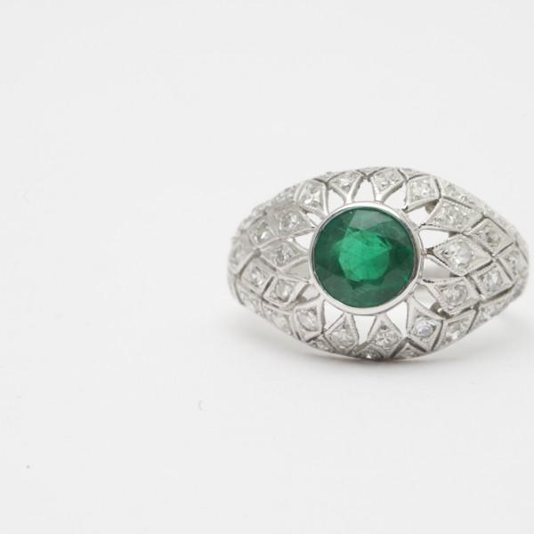 Antique-18k-White-Gold-Brilliant-Cut-Emerald-Diamond-Cluster-Ring.jpg