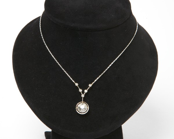 Antique-Old-Cut-Diamond-Necklace3.jpg