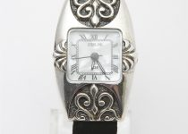 Antique-Style-Silver-Ladies-Quartz-Watch-with-Mother-of-Pearl-Dial.jpg