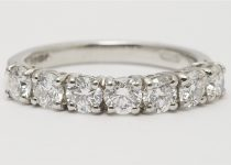 Platinum-Brilliant-Cut-Diamond-Claw-Set-Seven-Stone-Ring-.jpg