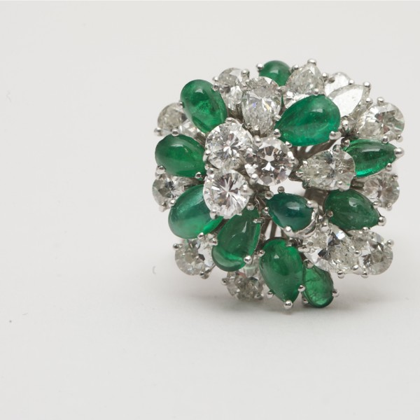 Vintage-18k-White-Gold-Cabouchon-Emerald-Brilliant-Cut-Marquis-Cut-Pear-Shaped-Diamond-Cluster-Ring.jpg