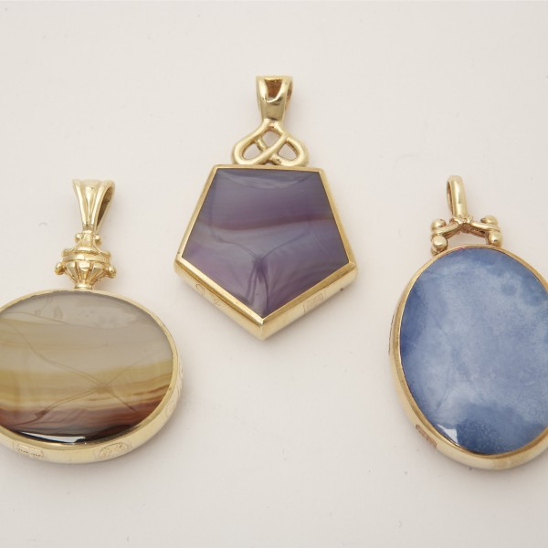 Selection of 9k Yellow Gold Seals set with Agate & Tiger's Eye